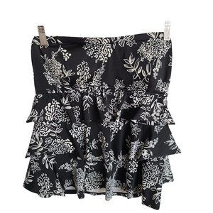 Black & White Ruffled Layered Swim Top 16